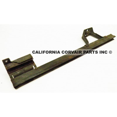 USED 1962-64 CT LH DOOR GLASS CHANNEL