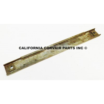 USED 1962-64 CT WINDOW ROLLER CHANNEL