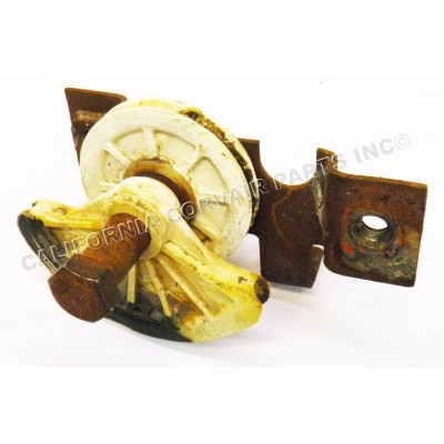 USED 1960-64 LOWER CABLE PULLEYS